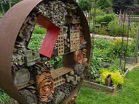 106 best images about insekthotel on pinterest gardens - Idees deco jardin recup ...