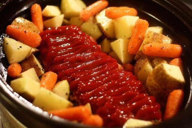 Crockpot Meatloaf | Jennifer Cooks