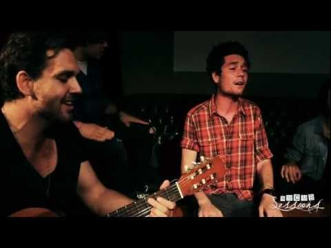 ▶ Bastille - Icarus.   ONE OF MY FAVS <3 looove this acoustic version :)