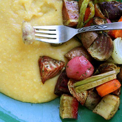 polenta and roasted veggiesFoy Updates, Roasted Roots, Cheesy Polenta, Vegetables W Polenta, Vegetables Recipe, Fall Recipes, Roasted Vegetables, Fall Roasted Veggies, Balsamic Roasted