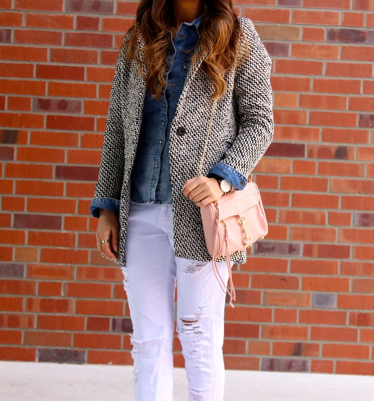 Coat and Boyfriend Jeans - LOVE & URBAN http://loveandurban.com/coat-and-boyfriend-jeansfuid177479/