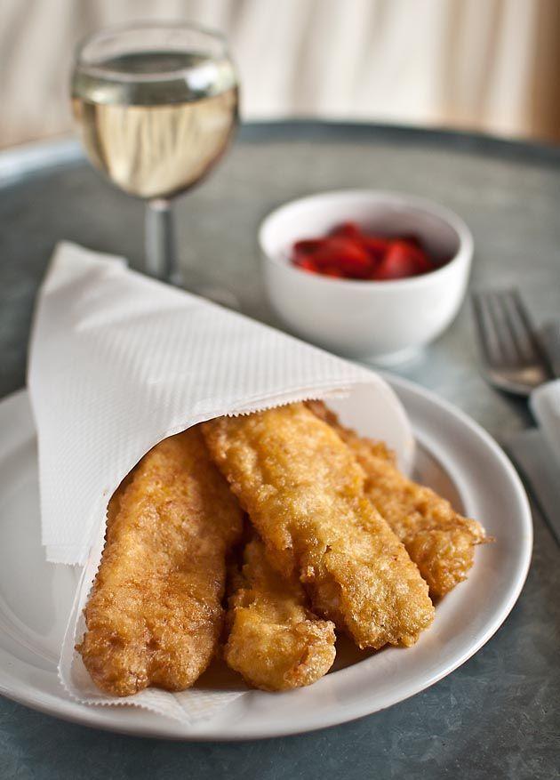 Plato de bacalao típico de Madrid, se sirve bien como tapa o pincho, bien como plato de pescado.