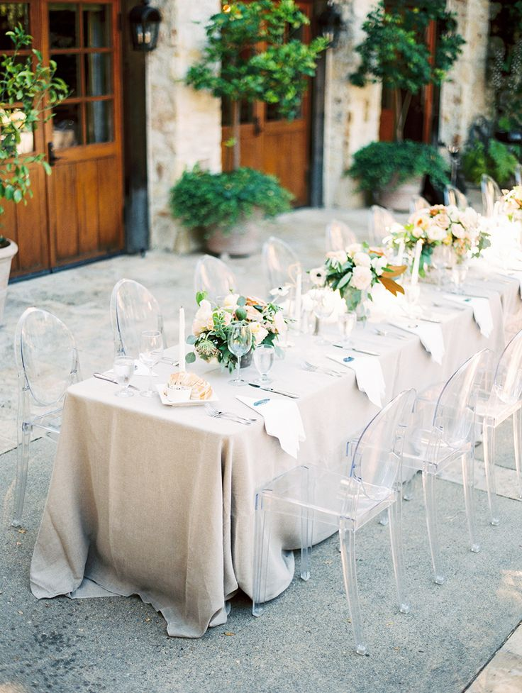 La Tavola Fine Linen Rental: Tuscany Natural | Photography: Sally Pinera, Event Planning: Engaged & Inspired, Floral Design: Christine Cater, Venue: Holman Ranch