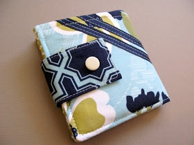 Modest Maven: Bi-fold Wallet Tutorial. A someday project.