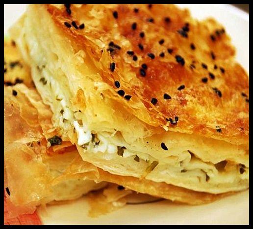 Peynirli Börek Tarifi   Peynirli Börek Tarifi Hamurişi 26 Kasım 2015 Tatlıcı ekledi. Yorum Yaz    Arada börek tariflerini de sizlerle buluşturmak istiyorum. Kahvaltıda vazgeçemediğim börekler arasındadır. Yapılışı basit olan Peynirli Börek Tarifi 'nin lezzetinden vazgeçemeyeceksiniz. Börek Tarifleri arasında en çok tercih edilen ve ilk sırada yer alan tariftir. Peynirli Börek Tarifi;    #börek #börektarifleri