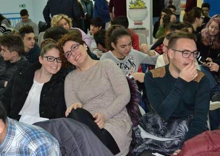 Al via la IV edizione del Premio Letterario NapoliTime. Che la nuova avventura delle giovani menti abbia inizio!