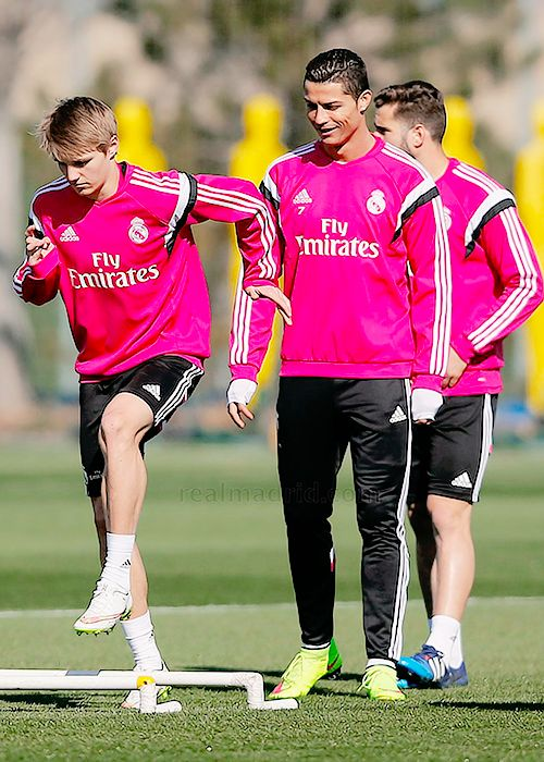 """Cristiano Ronaldo and Martin Odegaard In Real Madrid Training 