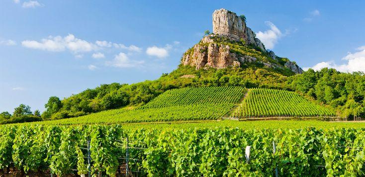 Vin de Bourgogne: La célèbre Roche de Solutré devient un site classé