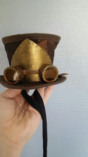 Mini Tophat steampunk style  made by me : Ravnens Datter