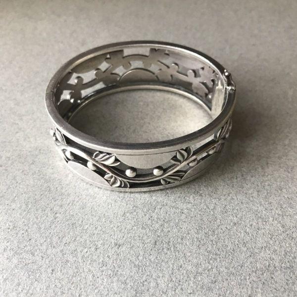 Georg Jensen Art Deco Bangle No. 66, Handmade Sterling Silver - Gallery 925