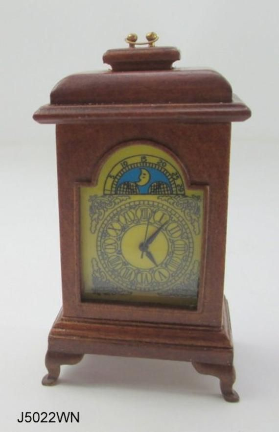 1//12 Miniature Antique Desk Table Clock Vintage Mantle Clock Furniture Dollhouse