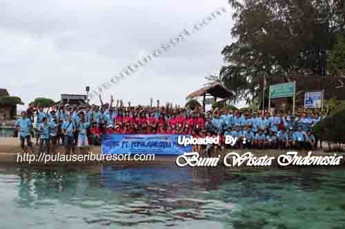 Fun Outing Group at Pulau Pelangi - Pulau Seribu