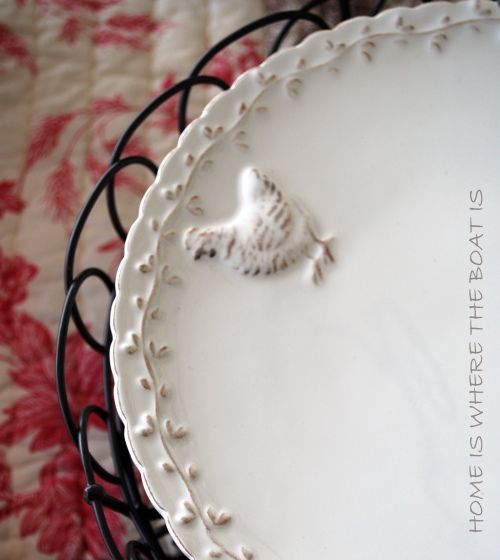 White Serving Platter / Garland pattern with a country hen.