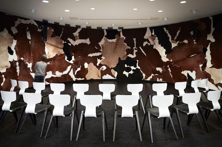 Stedelijk Museum 's-Hertogenbosch auditorium - Bierman Henket Interieur