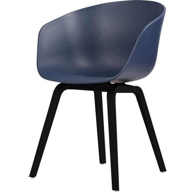 About a Chair 22, blå/svarta ben i gruppen Möbler / Stolar & Pallar / Stolar hos RUM21.se (123645)