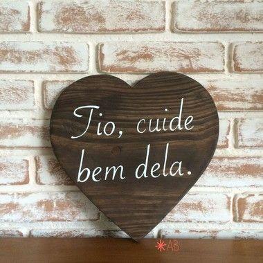 Placa painel em formato de coração para casamentos, noivados, save the date, festas em geral.
