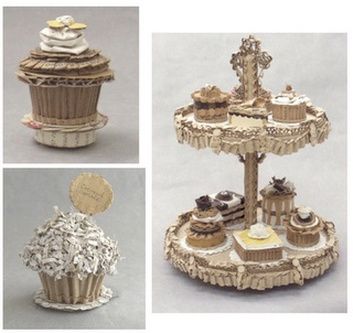 cardboard cake stand and cupcakes!!