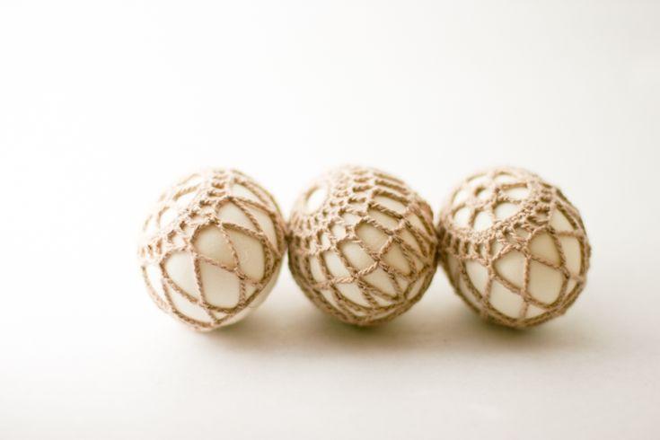 DIY Pattern~ Crochet-Covered Easter Eggs { Instructions call for hard boiled eggs...alternate idea: buy wooden eggs from Michael's}