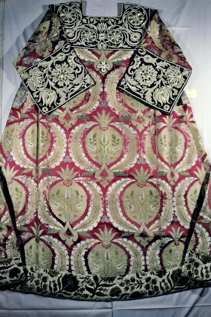 Ottoman, Russian 16th century Sakkos.