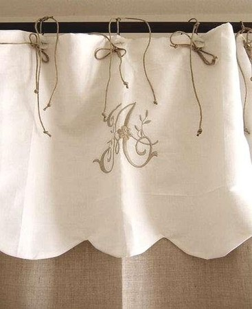 """<3 Great idea, I was just going to make curtains for my """"play room!"""""""
