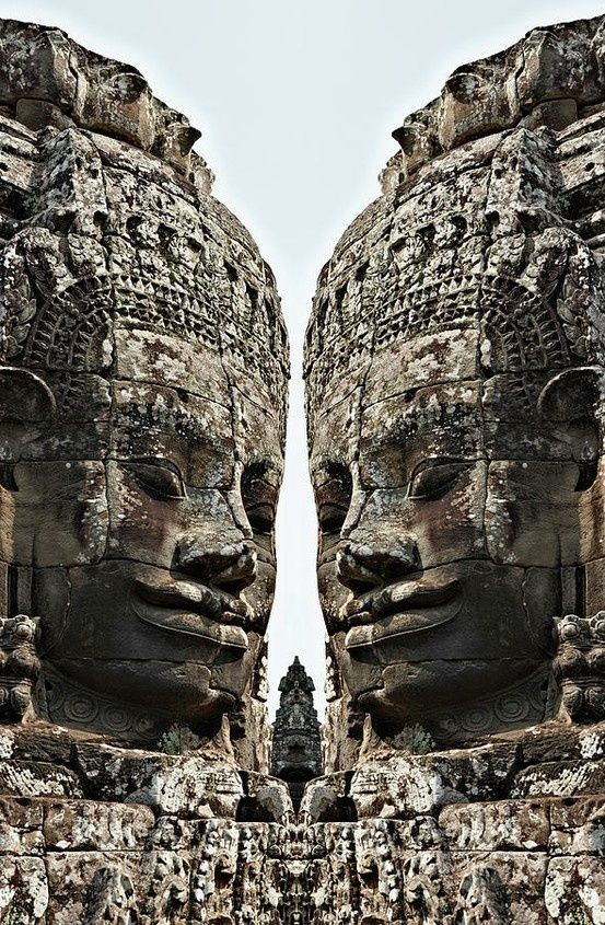 Angkor Wat, Giant Faces at Bayon Temple.  Cambodia | ©Wilfried Krecichwost