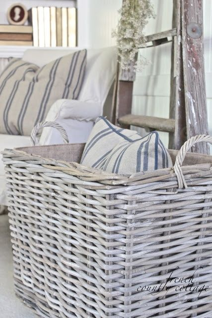 FRENCH COUNTRY COTTAGE: Chunky Baskets French Stripe Pillows: FRENCH COUNTRY COTTAGE: Chunky Baskets French Stripe Pillows