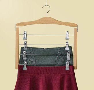 Tchibo : Cintre porte-jupes, à plusieurs niveaux - 10.95 Fr. (04.08?)