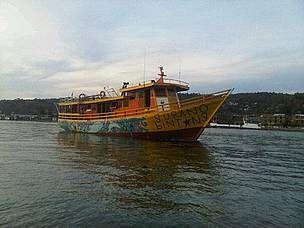 Gurabo Bintang boat is ready to operate - © WWF-Indonesia / Bardin TANDIONO