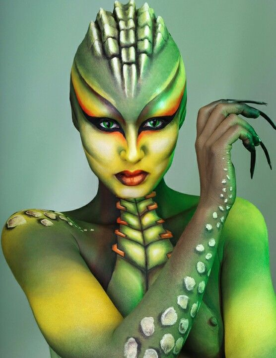 Reptile Halloween makeover #costume #contacts #lenses