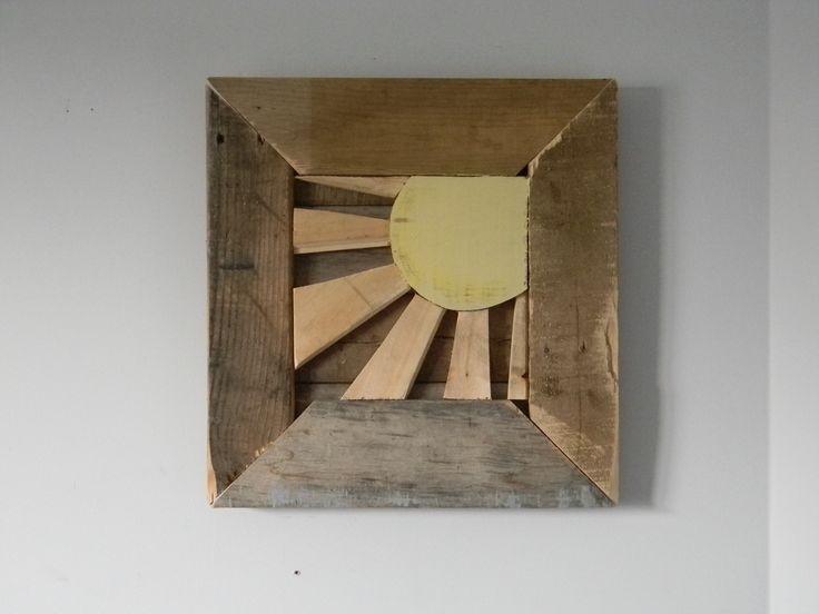 Sun portrait, wall art, handmade, pallet wood. 25$ at www.nancy-cie.com