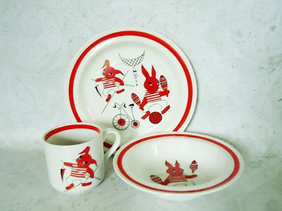 Mid Century Arabia Finland Dinnerware Set by SwirlingOrange11 $95.00 & 149 best Arabia images on Pinterest | Finland Dishes and Dinner ware