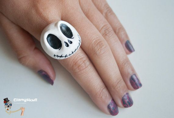 Jack Skellington adjustable ring. How cute! https://www.etsy.com/uk/listing/178566516/jack-skellington-adjustable-ring