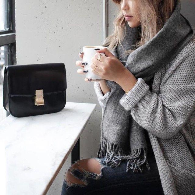 Cozy weekend attire via Chloe Zhang