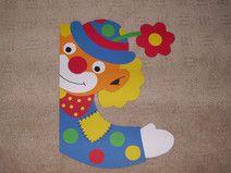 Fensterbild Tonkarton Clown Fenstergucker Karneval