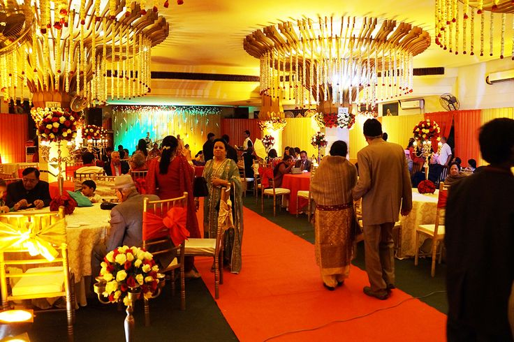 Did you know that we hold customised #weddings, #receptions and #parties of 30 to 300 people with a lavish #MultiCuisine #SatvicMenu. For #marriages, the services are organised and assured from #receptionofbarat till departure of the #bride. For more details you may please call on mobile numbers 9871863733, 9650800328. www.govidasdelhi.com
