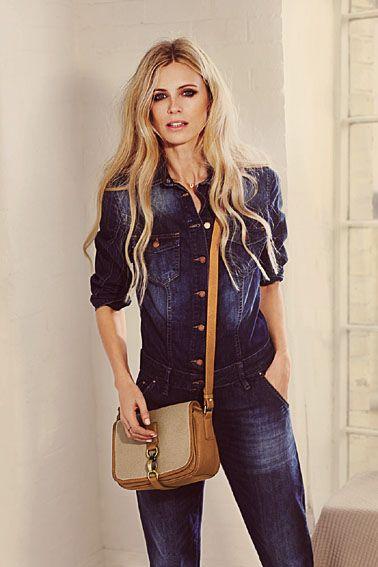 Laura-Bailey-wears-Arundel.jpg 378×567 pixels