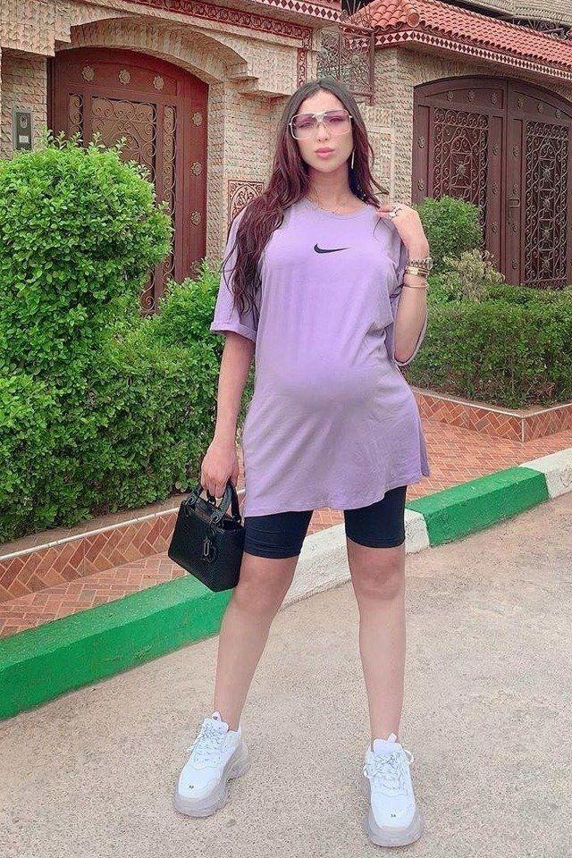 إطلالات دنيا بطمة بملابس الحمل ملهمة للمرأة العربية Fashion Shirt Dress My Style