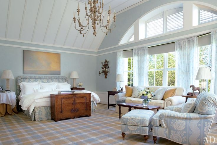 Celebrities 39 favorite ad100 designers and architects for Celebrity master bedroom designs