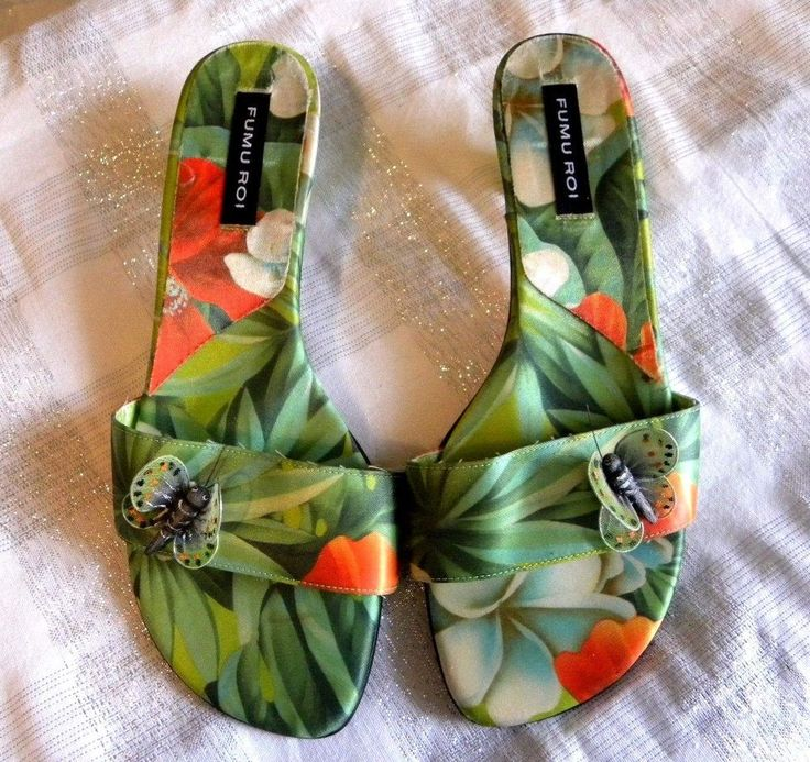 Fumi Roi Size 8M Sandals Hawaiian Print Fabric and Leather sole  Butterfly #FumuRoi #Slides