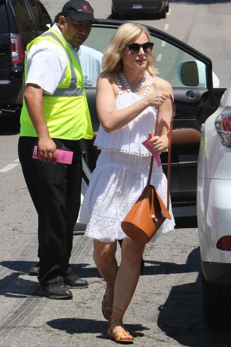 Kristen Bell wearing Loeffler Randall Flap Bucket Bag in Cuoio/Camel