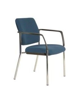 The contemporary lines of the Lindis Guest Chair command a formidable presence in any modern office, conference, meeting room or reception area. Featuring a strong chrome stackable frame and unsurpassed comfort it is exceptional value and an ideal guest chair choice #seated #lindis #visitor #chair seated.com.au