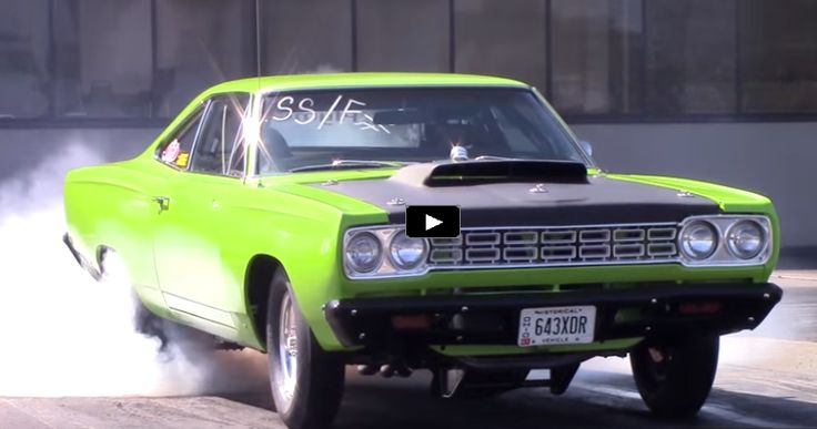 Mean Green Plymouth Road Runner Drag Racing