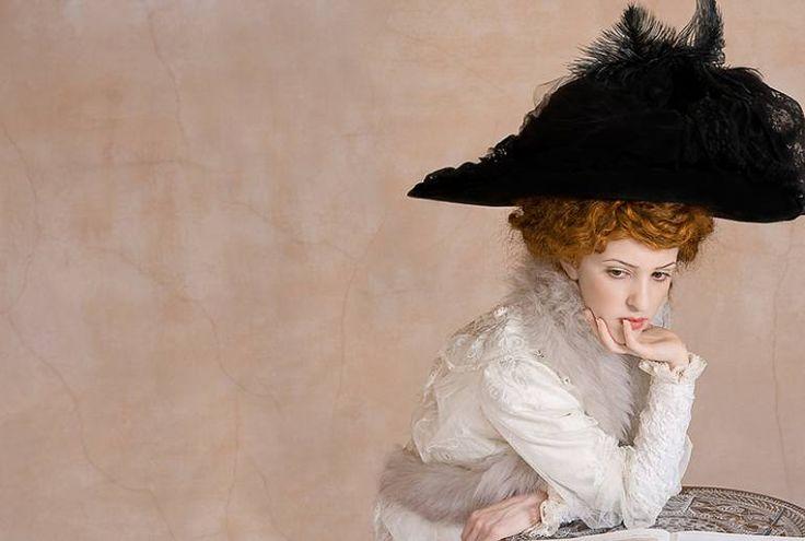 By Tania Brassesco - Lazlo Passi Norberto - The black hat
