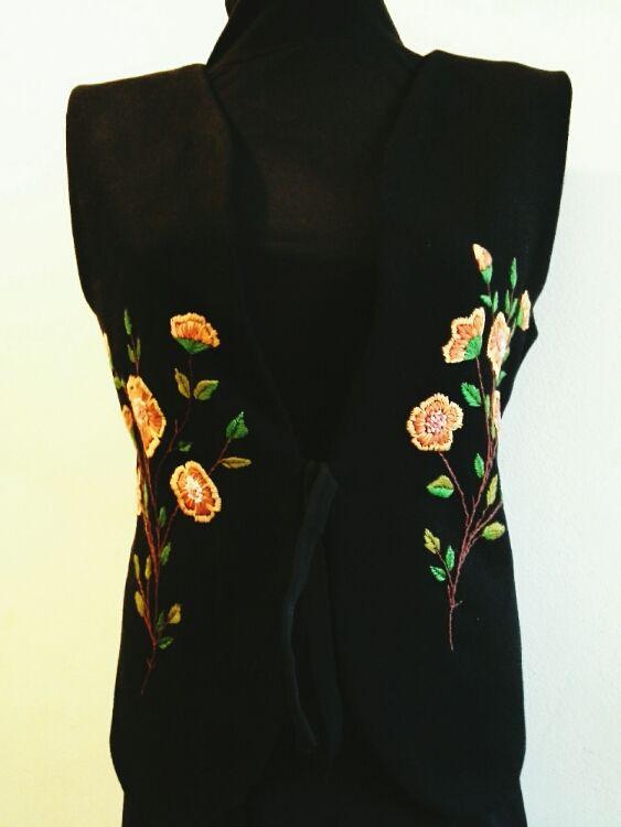 Vestuta Caterine (180 LEI la Caterine.breslo.ro)