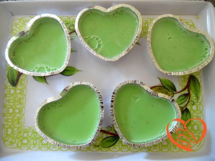 Budino al pistacchio http://www.cuocaperpassione.it/ricetta/15361f4c-9f72-6375-b10c-ff0000780917/Budino_al_pistacchio