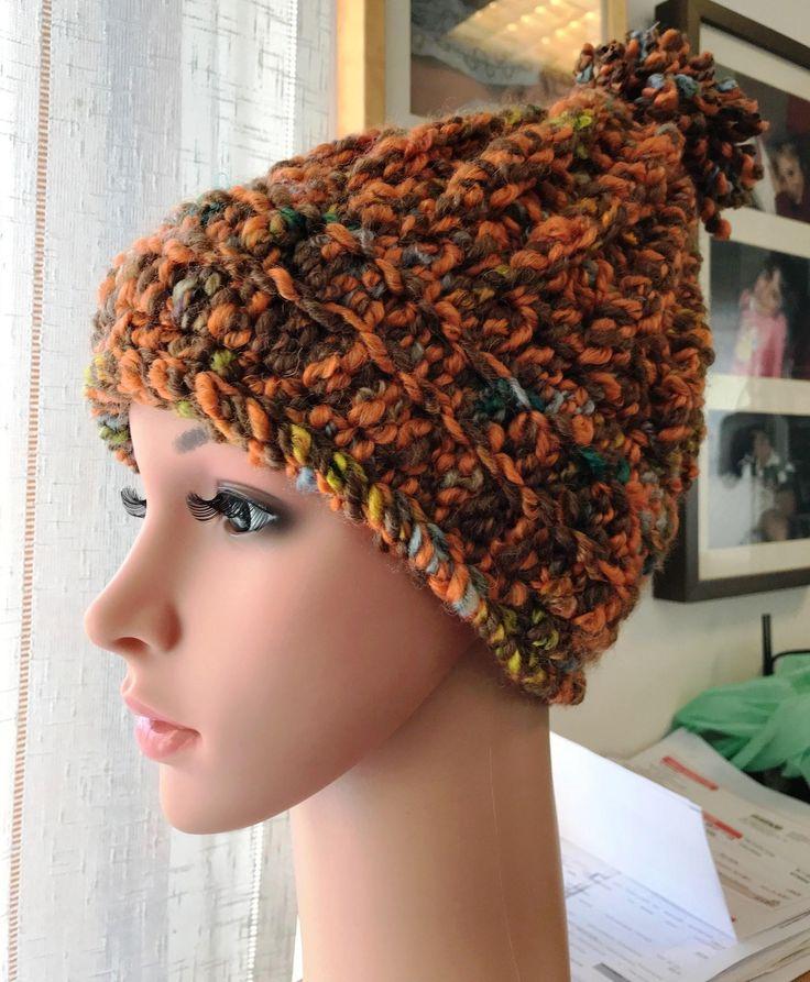 """Sono felice di condividere l'ultimo arrivato nel mio negozio #etsy: Cappello """"Bormio"""" http://etsy.me/2BdMqoo #accessori #cappelli #arancione #marrone #hat #cappello #pompon #uncinetto #crochet"""