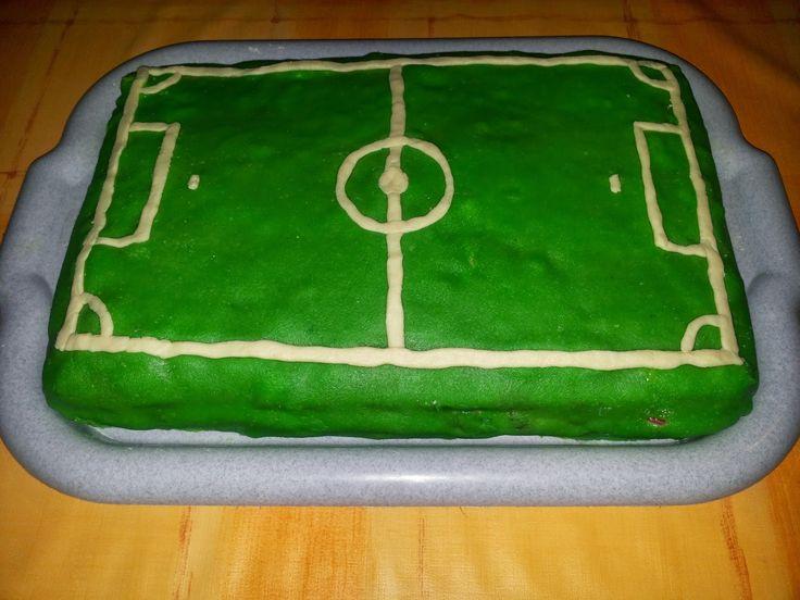 football field #2 - Honey cake with vanilla cream and raspberries