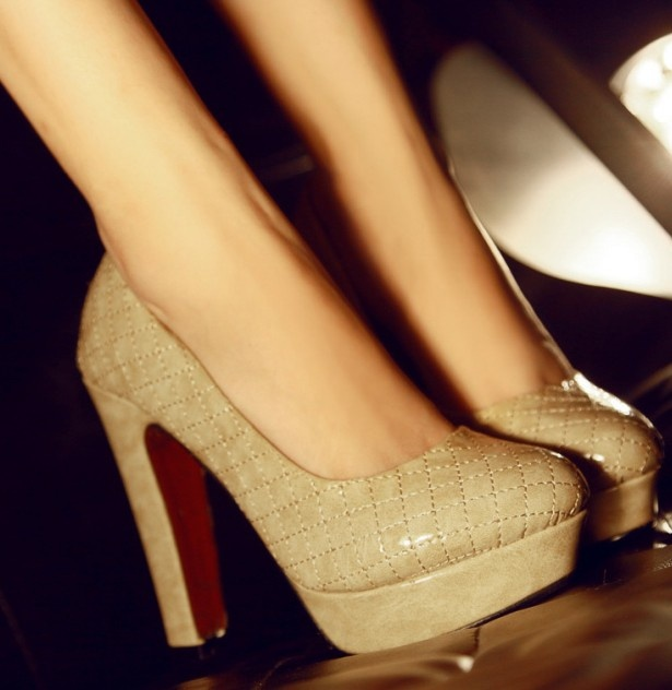 Color Thick High Heels Pumps Apricot