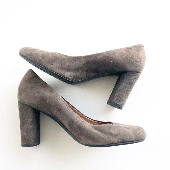 575649c4ad Clarks Shoes - Clarks Women Brown Leather Pumps Sz 7.5