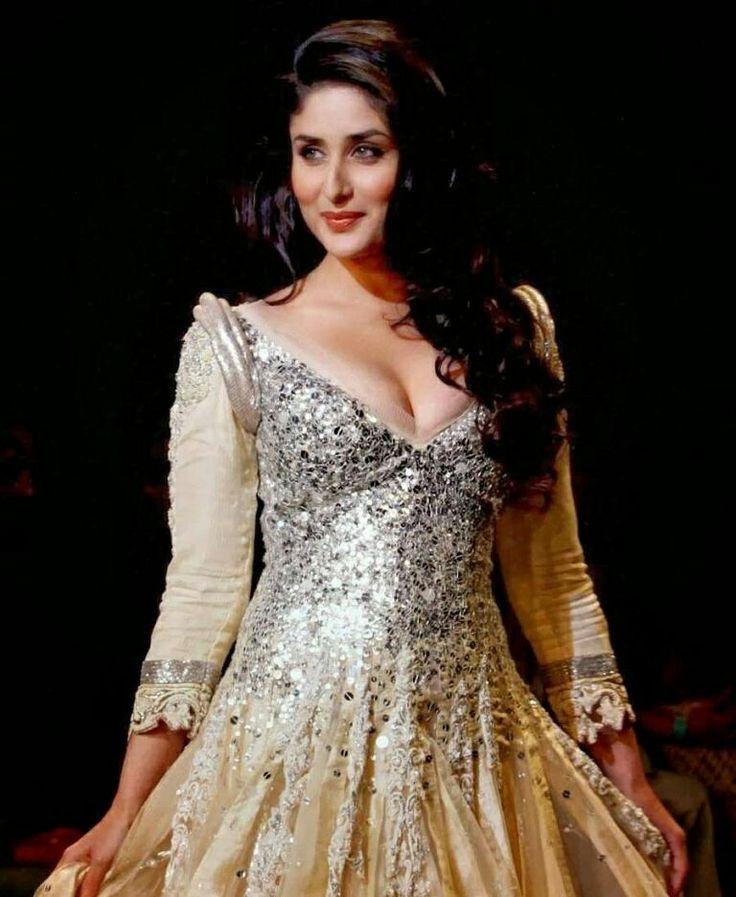 kareena kapoor hot image in nice dress.